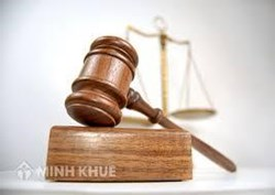 Lawyer consulting on labor lawsuit litigation case in the court