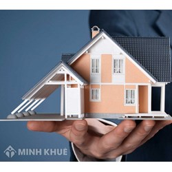 Lawyer consultancy services in the field of real estate